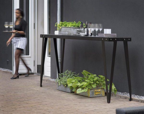 Lloyd High Table door Serener voor Functionals