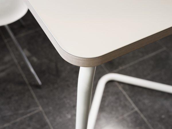 Functionals-KUMPEL-tafel-schragen-table