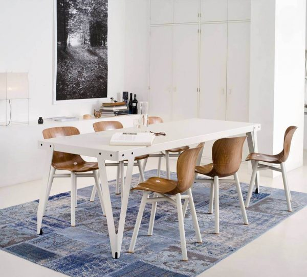 Loyd tafel wit met Wendela Functionals stoel naturel wit