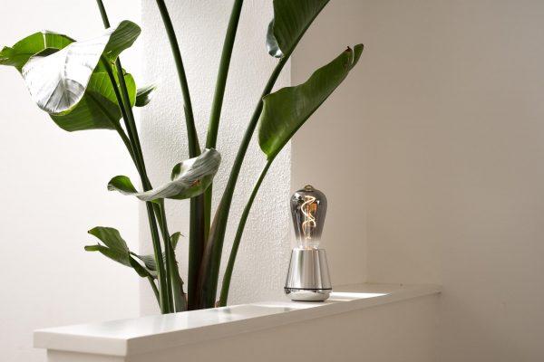 humble oplaadbare lamp zilver