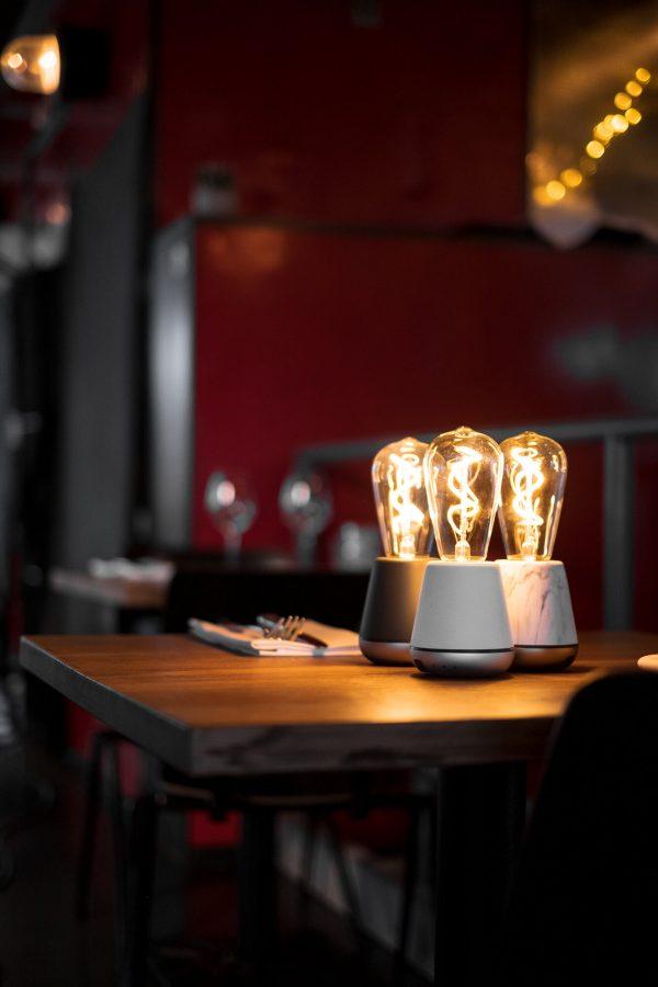 humble batterij oplaadbare tafellamp