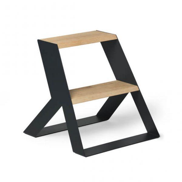 split step donker grijs met hout