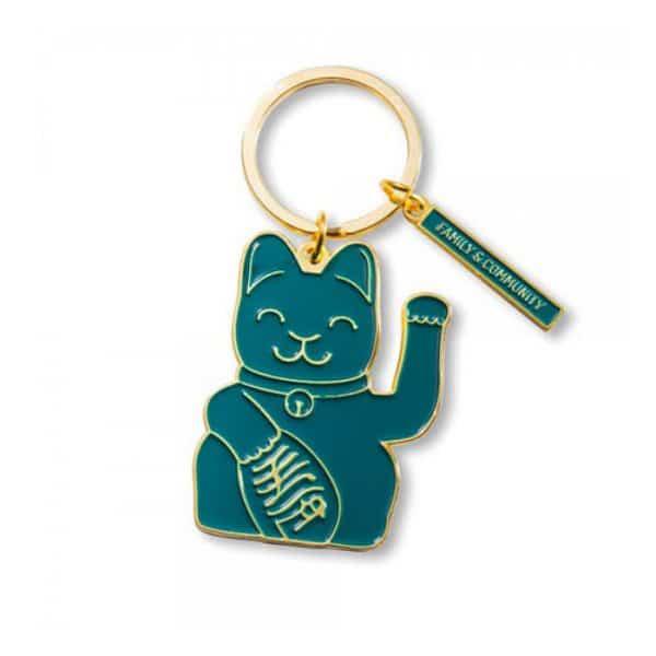 zwaaiende kat sleutelring groen