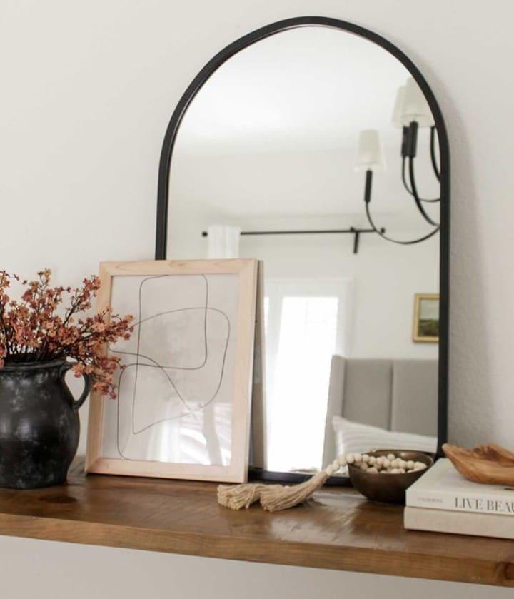 Arched Spiegel Umbra