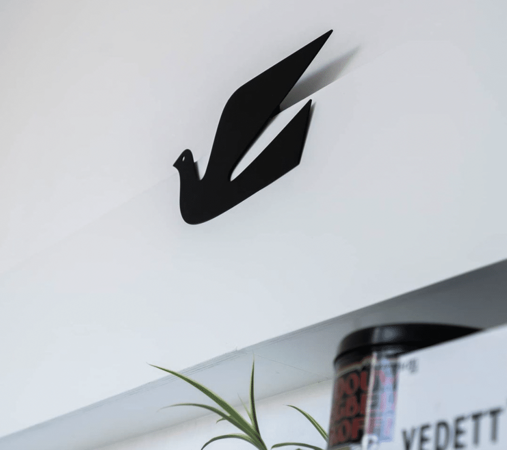 Vitra Dove Metal Wall Relief D-Sire